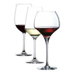 Wijnglazen en Gedistilleerd